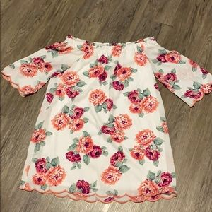 Cute off the shoulder dress!!!!!!! 👗